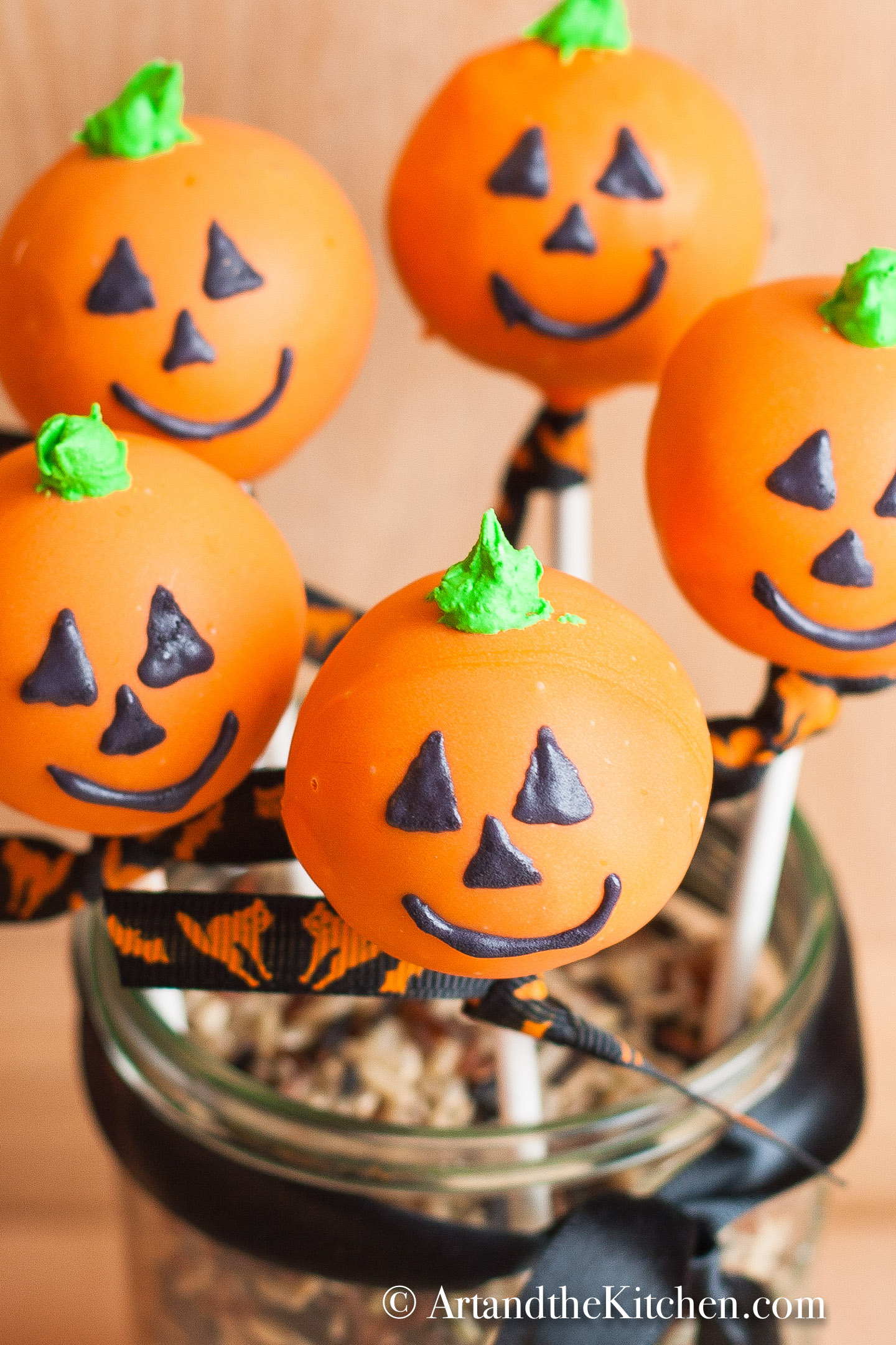Halloween Cake Pops Art And The Kitchen