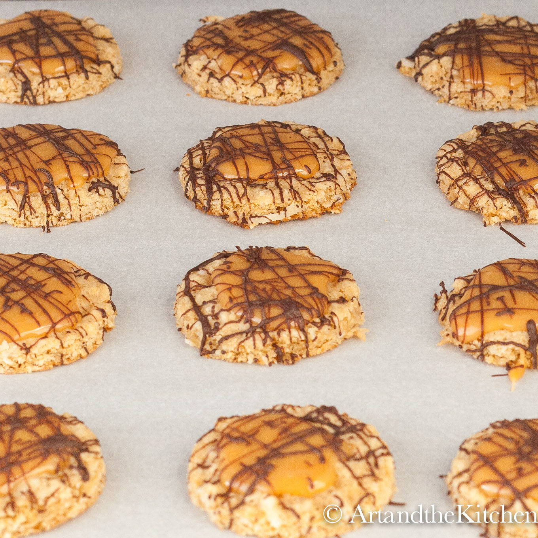 Oatmeal Caramel Cookies