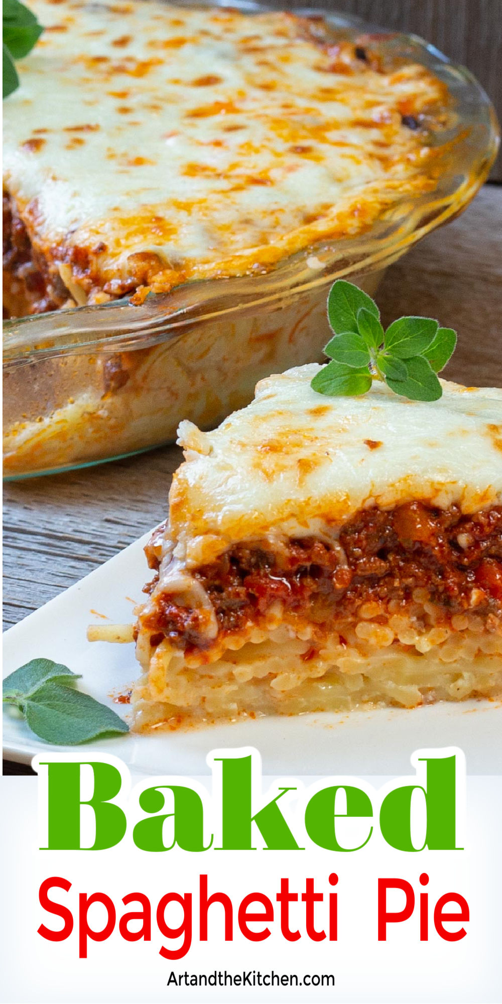 This Baked Spaghetti Pie is made with a gruyere cheese and spaghetti layer, a rich homemade meat sauce layer, cottage cheese, then topped with melted cheese! The family will go crazy for this recipe! via @artandthekitch