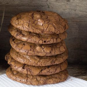 Stack of chocolate cookies.