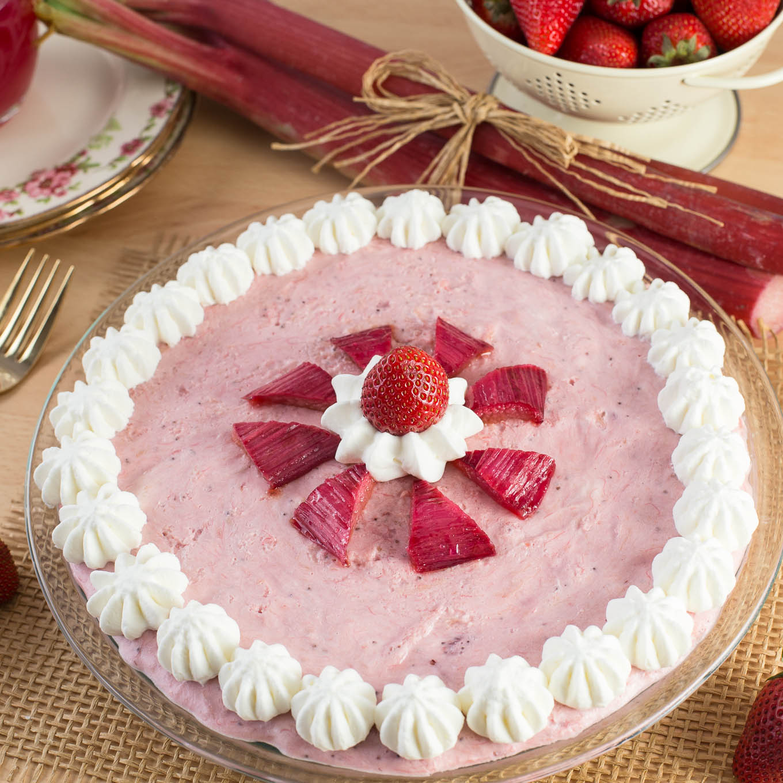 No Bake Strawberry Dessert Recipe: No Bake Strawberry Cheesecake Pie