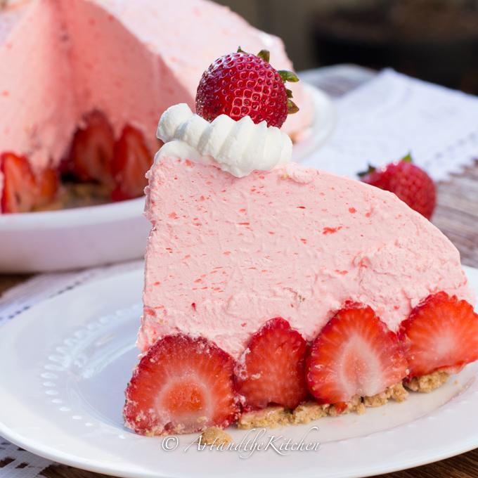 strawberry cream cheese poke cake