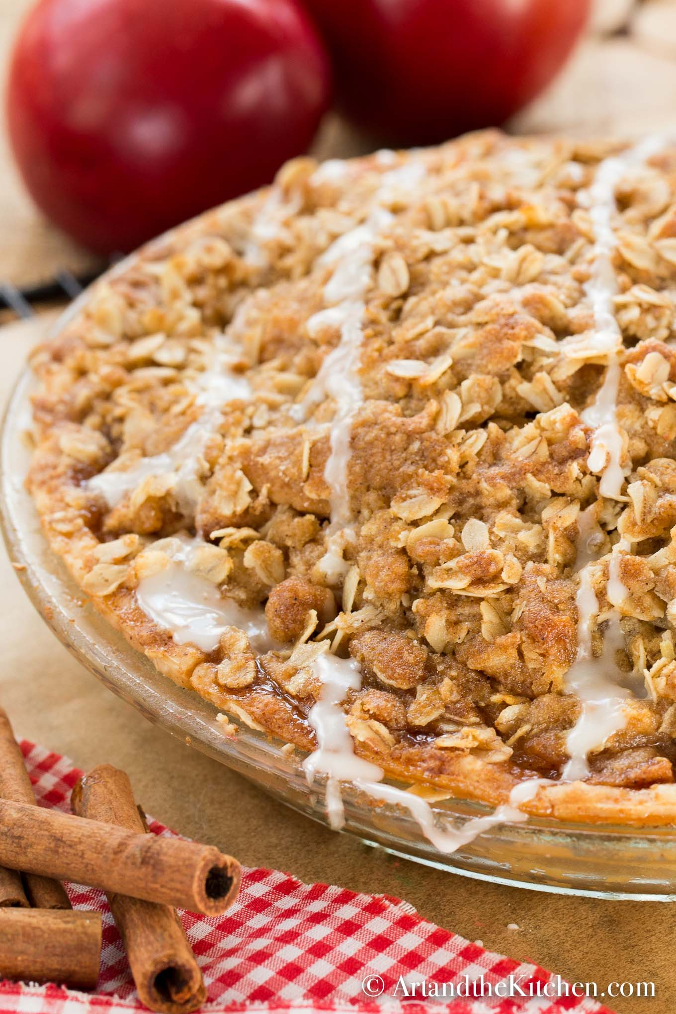 Apple Crisp Pie
